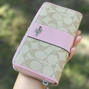 Coach Accordion Zip Wallet In PVC &leather F54630